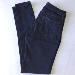 Just Black Mid-Rise Dark Wash Skinny Jeans 27